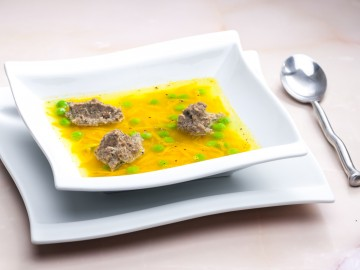 Soup with liver quenelle