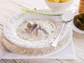 Herring in cream sauce