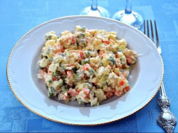 Stolichny chicken salad